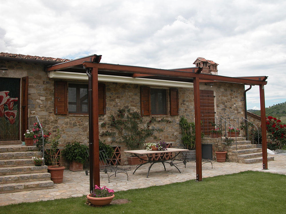 Pergole produzione e vendita toscana tende for Prodotti per giardino